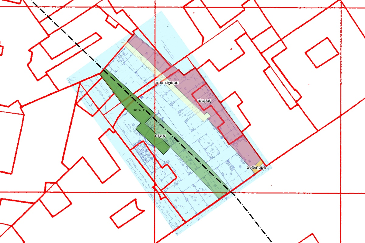 Map showing the property on 6 Dragatsaniou str. with the archaeological remains discovered during excavation and the course of the ancient wall. The basemaps include the architectural drawing of the building and the cadastral map of the Hellenic Ministry for Public Works (1974).